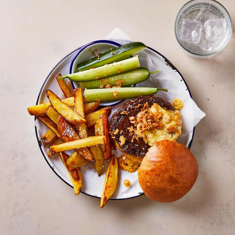 gousto american cheeseburger recipe image